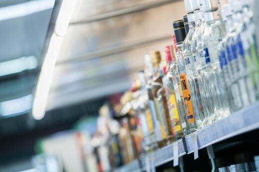 Seimo komitete vienas po kito laiminami alkoholio ribojimai