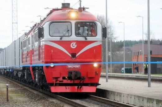 Kobieta potrącona przez pociąg ma zapłacić mandat