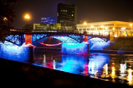 Вильнюсские мосты загорелись новыми огнями