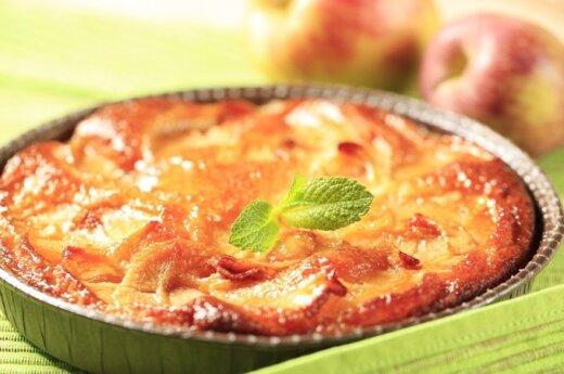 """""""Nematomas"""" obuolių ir kriaušių pyragas"""