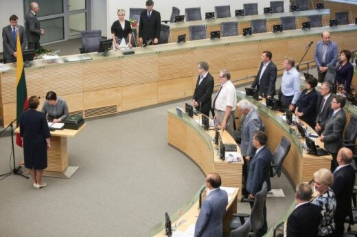 Three new Lithuanian ministers sworn into office