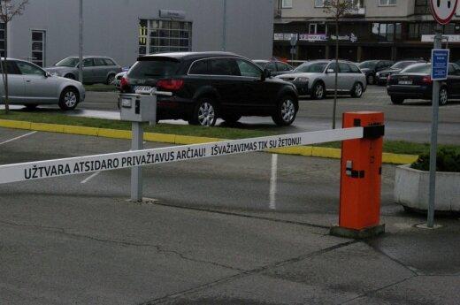 """Perspėjimas vairuotojams: teismas įvertino """"šlagbaumo"""" keliamą grėsmę"""