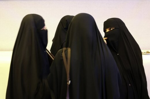 Latvia to ban wearing burqas