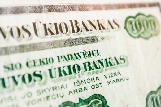 Ūkio bankas wykonuje operacje finansowe!