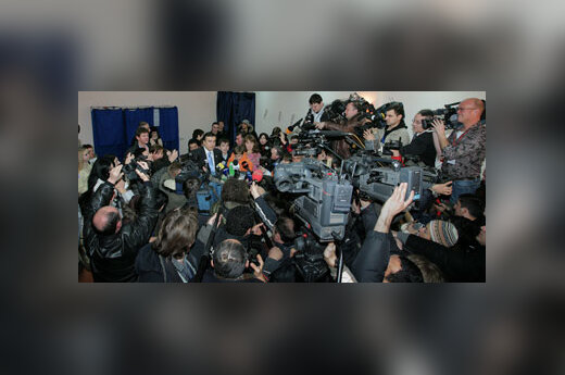 Michailas Saakašvilis bendrauja su žiniasklaida
