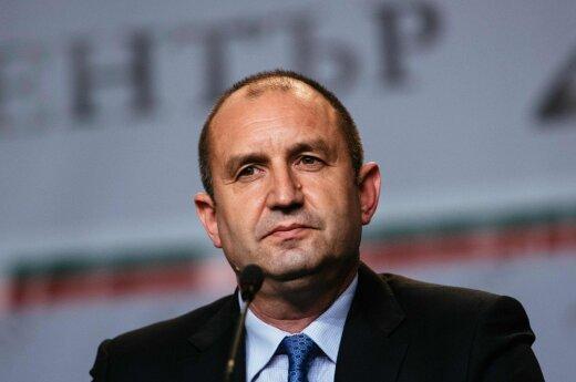 Выборы президента Болгарии: в первом туре побеждает Румен Радев