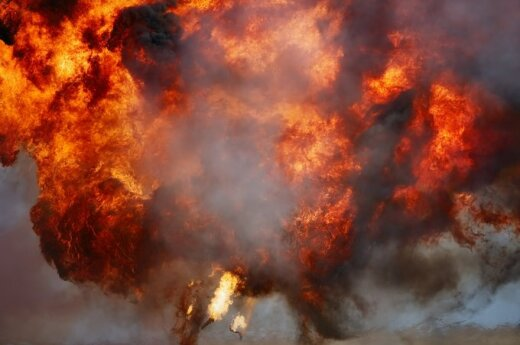 В Петербурге в девятиэтажном доме произошел взрыв