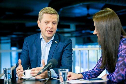 Remigijus Šimašius and Eglė Samoškaitė at the DEFLI TV conference