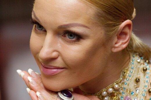 Скандальная Волочкова публично унизила свою мать
