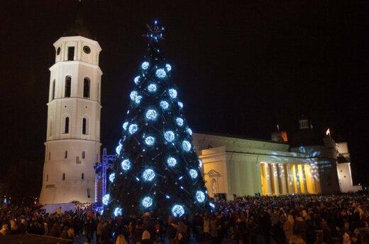 Rekordowa choinka i nowoczesny św. Mikołaj