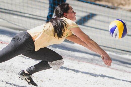 Druskininkuose – sniego tinklinis avint futbolo batelius