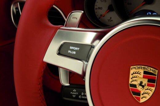 Как выудить Porsche 911 Turbo из реки