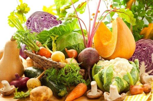 Опрос: почти 40% россиян экономят на продуктах