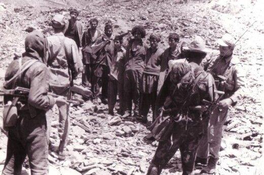 Afgan prisoners in Vardak, 1987