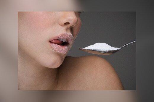 Крейвис: цену на сахарный песок в Литве поднимают искусственно