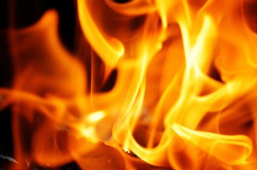 На месте пожара в Лелюнай обнаружен труп