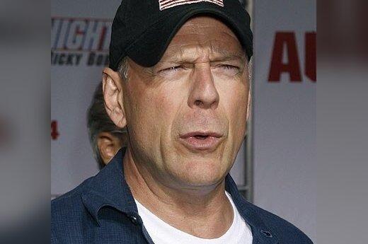 Bruce Willis cudownie uleczony