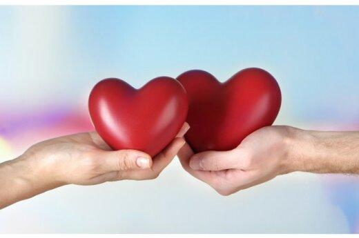 ТОП-4 варианта сюрприза для мужа на годовщину отношений