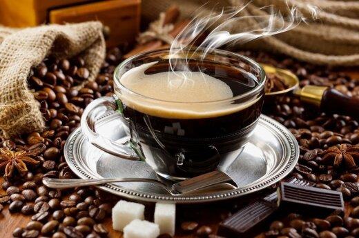 Naukowcy wyjaśniają korzyści z drzemania po... kawie