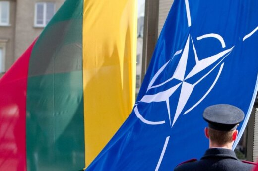Паулаускас: в Литву может быть доставлено тяжелое вооружение НАТО