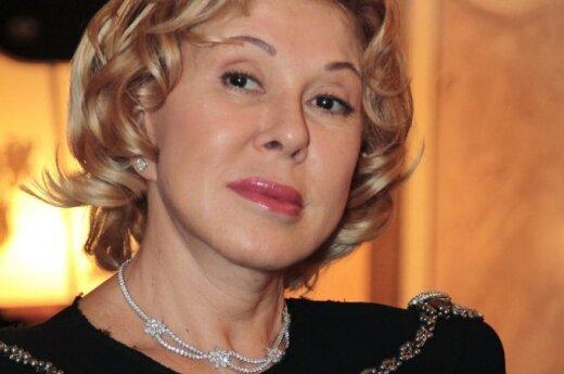 62-летняя Любовь Успенская показала фигуру в купальнике