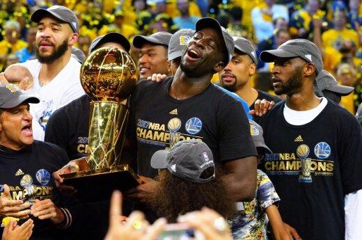 """""""Golden State Warriors"""" finale įveikė """"Cavaliers"""" ir tapo NBA čempionais"""