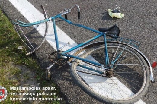 "Magistralėje ""Via Baltica"" žuvo vilkiko partrenktas dviratininkas"