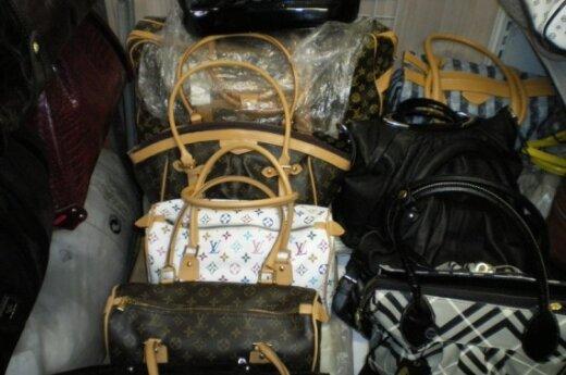 У гарюнайских торговцев обнаружили нелегальные товары на 100 000 литов