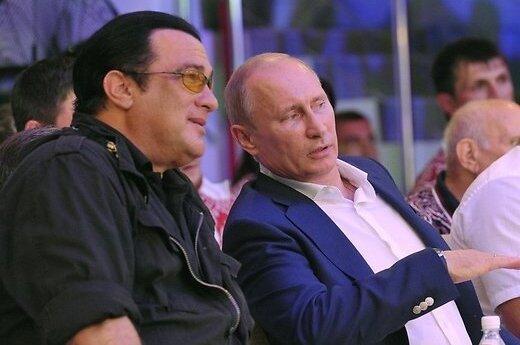 Путин и Сигал посетили чемпионат РФ по смешанным единоборствам