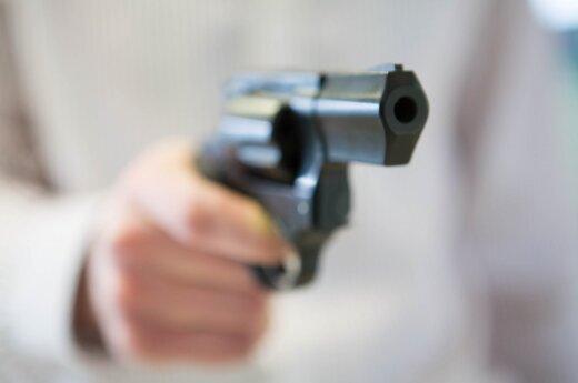 JAV oro uosto apsauga pražiopsojo pistoletą keleivės bagaže