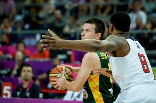 Lithuanians limp onward to Madrid