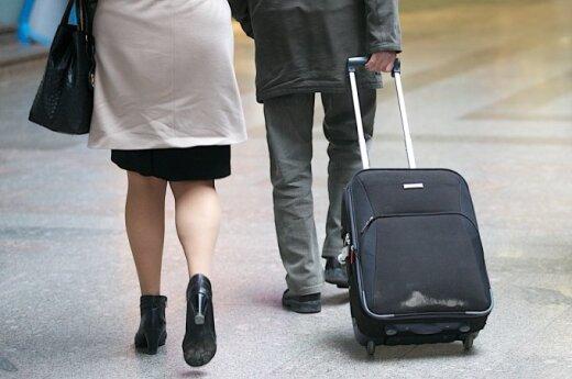 Emigracijos tempai pasiekė aukštumas: Lietuvą masiškai palieka jauni nevedę vyrai