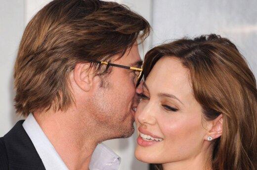 Джоли и Питт договорились об условиях опекунства над детьми