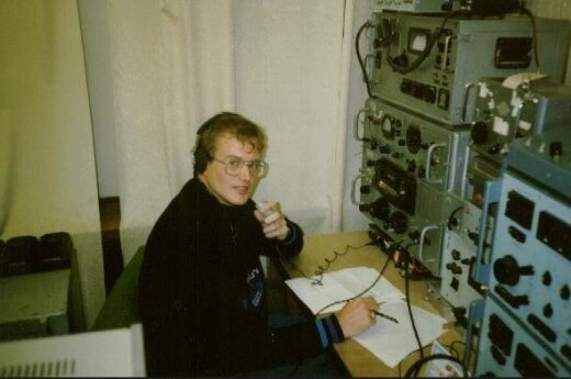 LY2WR/A, the Lithuanian parliament's amateur radio station, October 1990