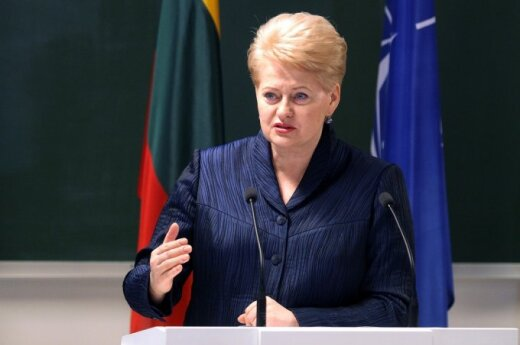 You are in the front lines, President Grybauskaitė tells humanities teachers