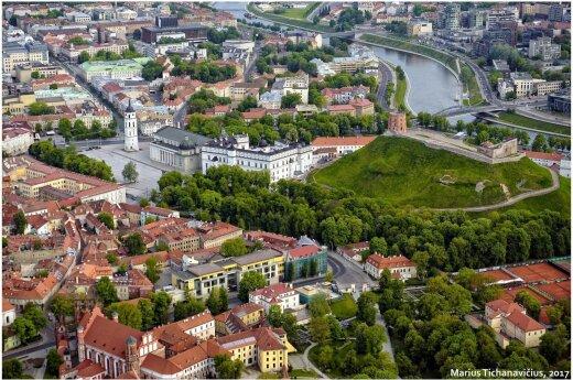 Užburiantys Vilniaus vaizdai iš paukščio skrydžio – gamtos ir civilizacijos harmonija