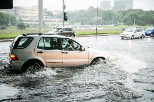 Po audros: gyventojai skaičiuoja tūkstančius eurų siekiančią žalą