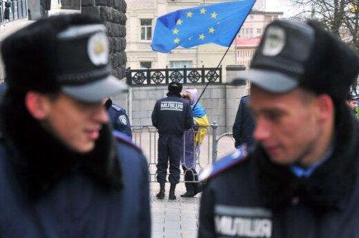 Ukrainoje tęsiasi protestai