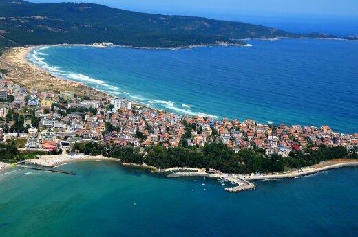 Planuojatiems vasaros atostogas: kaip išsirinkti kryptį, viešbutį ir sutaupyti?