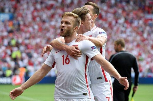 Ranking FIFA: Rekordowy awans Polski, Litwę wyprzedziły Namibia i Burundi