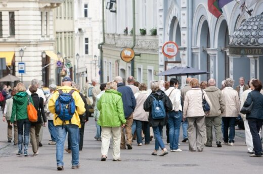 Russian tourists flock to Lithuania amidst geopolitical tensions