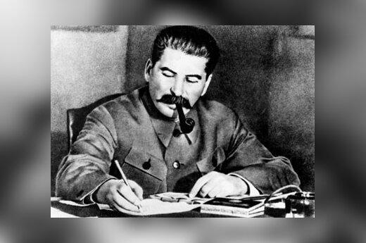 Игумен Евстафий спел романс Вертинского о Сталине