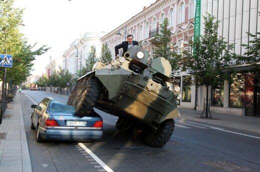 A.Zuokas su tanku