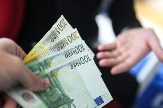 Per mėnesį lietuvis uždirba, kiek kiti net nesvajoja: ką padarėte, kad būtumėte verti tokių pinigų?