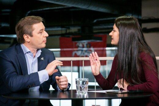 Ramūnas Karbauskis at the DELFI TV conference with reporter Eglė Samoškaitė