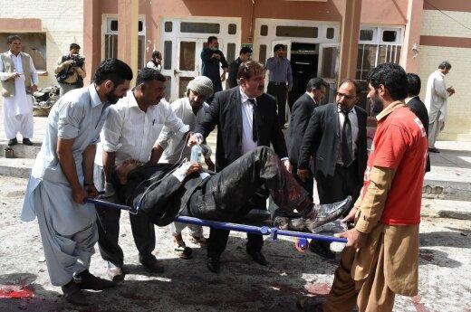 В Пакистане растет число жертв взрыва в суфийской мечети