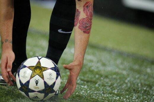 УЕФА принял резолюцию против расизма