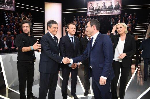 Кандидаты на пост президента Франции поспорили о буркини