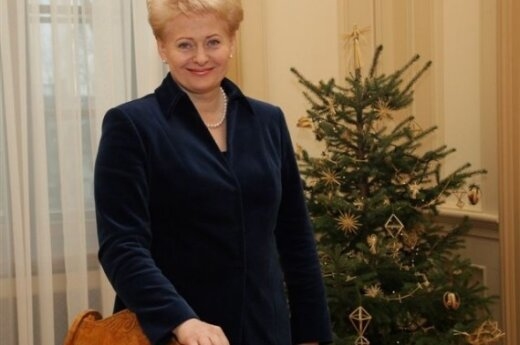 Президент не стала поздравлять православных Литвы отдельно