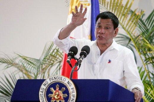 Rusija svarsto galimybę tiekti karinę techniką Filipinams